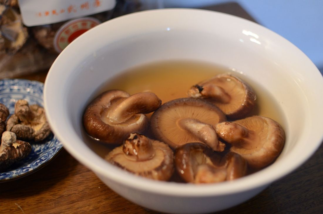 how to rehydrate mushrooms