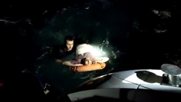 (Özel) Seyir halindeki feribottan böyle atladı