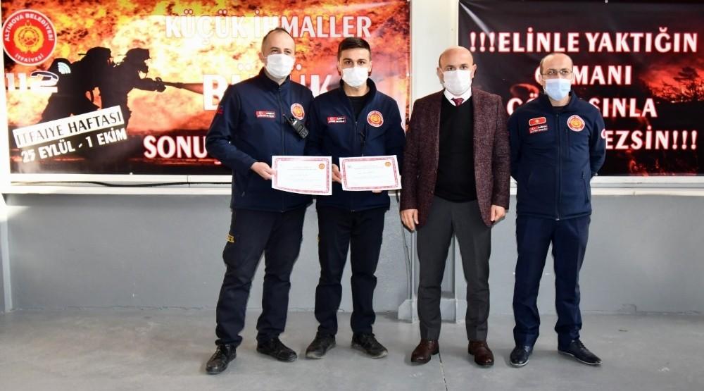 İtfaiyeciler sertifikalarını aldı