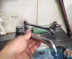 寝屋川市桜木町より厨房シンクのあれこれ修理依頼あっ、蛇口水漏れも(笑)