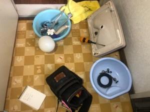 東大阪市吉田でトイレタンクの内部金具の交換は山川設備にお任せ下さい。
