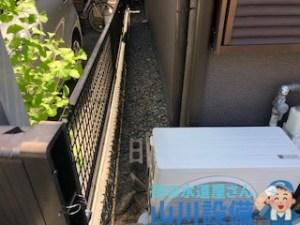 犬走りに排水マスがあれば高圧洗浄機を使った洗管作業で対応して行く事が出来ます。山川設備にお任せ下さい。