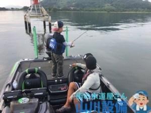 琵琶湖でバス釣りするなら杉村和哉ガイドがお勧め