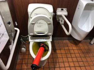 橿原市葛本町でローポンプ作業でトイレつまりを解消させるなら山川設備にお任せ下さい。