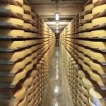 スイスにあるチーズの聖地「グリュイエール村」でチーズ作りの秘密!