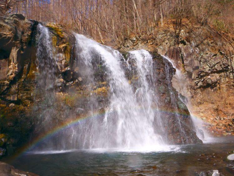 虹のかかる千ヶ滝