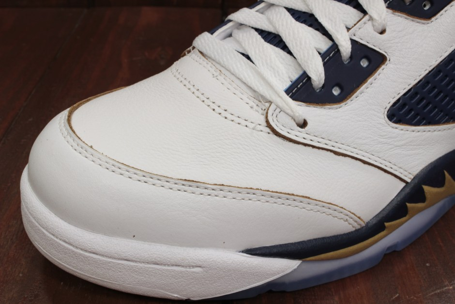 AIR JORDAN 5 RETRO LOW WHITE/MTLC GOLD STAR-MID NVY 819171-135
