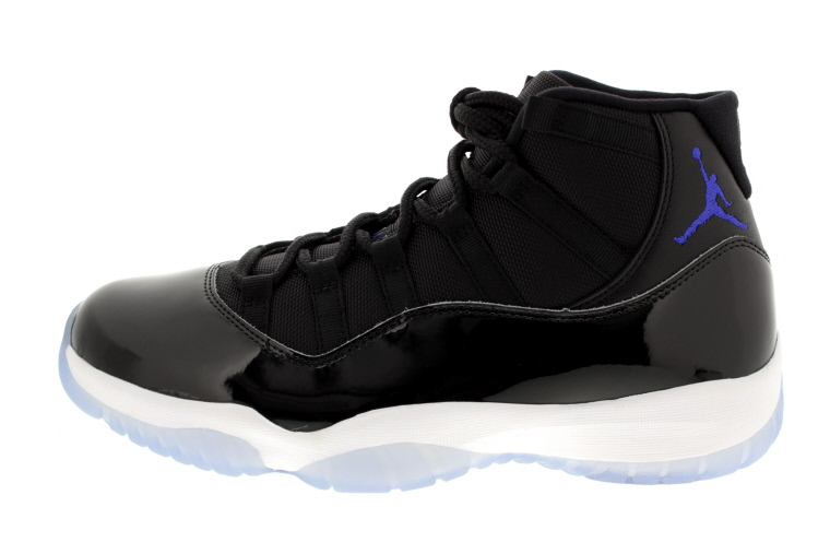 AIR JORDAN 11_SPACEJAM_01