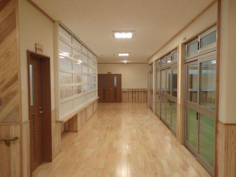 屋内 廊下-1