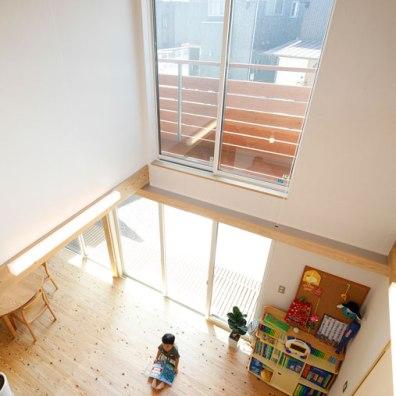 ダイナミックな吹抜けの大空間が家族を繋ぐ|建築実例201802-03