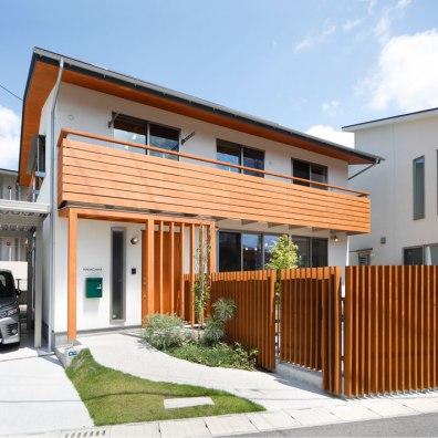 木の温もりが感じられるナチュラルな外観|建築実例201802-01