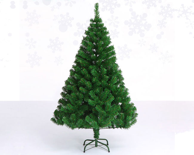 Best Pre Lit Fake Christmas Trees for Sale | YanDecor