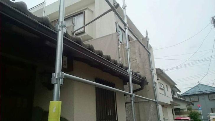 葛飾区の雨樋交換工事の施工前の様子