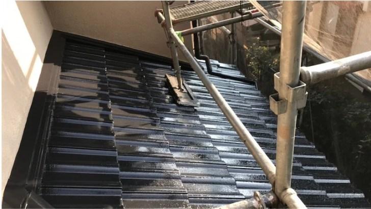 下屋根の塗装