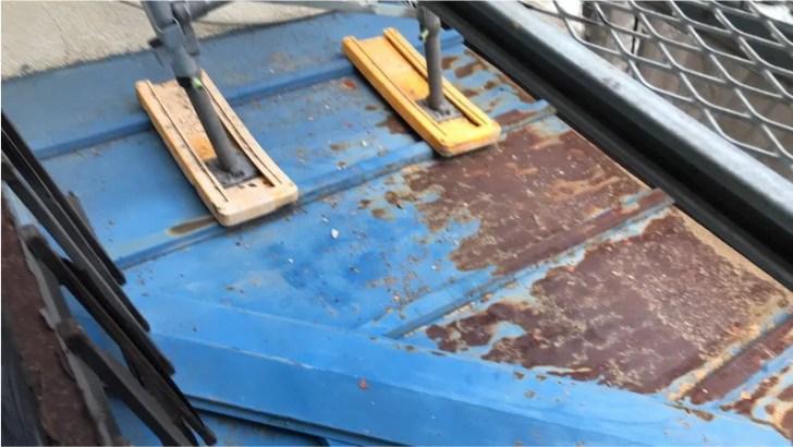 足立区の屋根塗装の施工前の様子