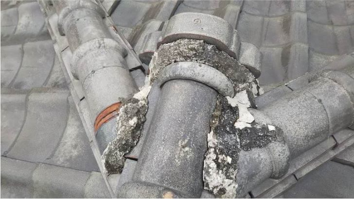 柏市の瓦屋根の漆喰の剥がれ