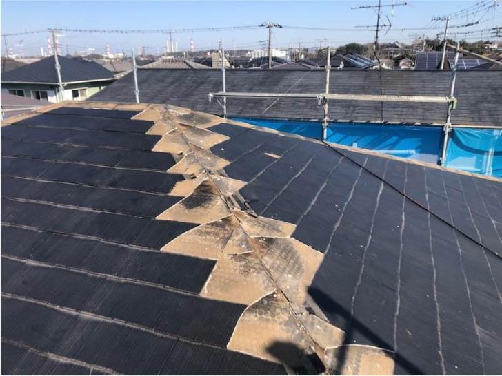 袖ケ浦市の屋根リフォームの棟板金の撤去