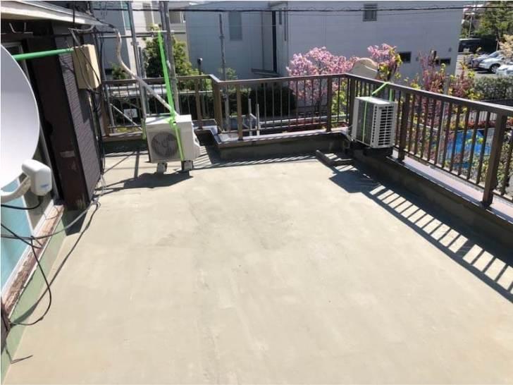 足立区の屋上防水工事の洗浄後の様子