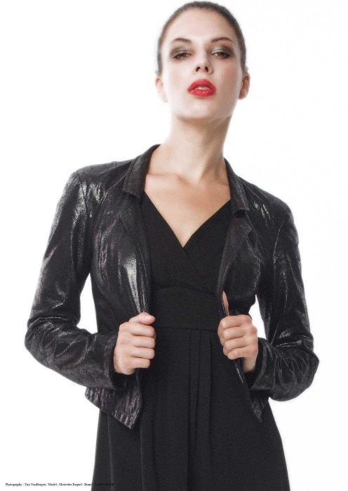 yane mode . lookbook . artisan . Look 13 - Mini Collar Sueded Metallic Woven High Waisted Little Black Jacket