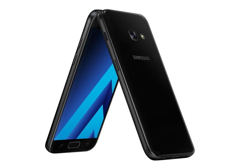 Seperti Diketahui Samsung Memiliki Tiga Seri Galaxy A 2017 Yang Semuanya Telah Bersertifikasi IP68 Yakni A3 A5 Dan A7