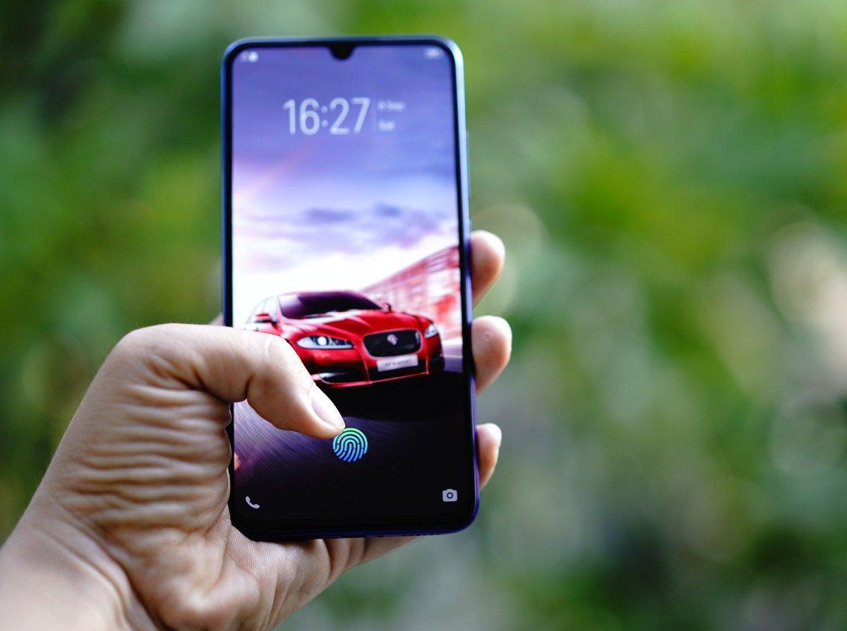 Vivo V11 Pro Jadi Smartphone Pertama dengan Sensor Sidik Jari di Bawah Layar