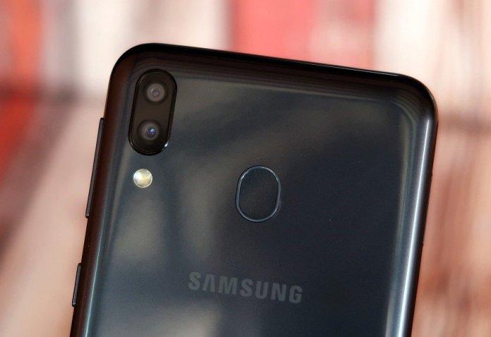 Review Samsung Galaxy M20: Andalan Samsung Saingi Ponsel Merek China di Kelas 2 Jutaan 5