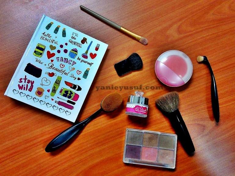 Fungsi dan brush makeup untuk pemula