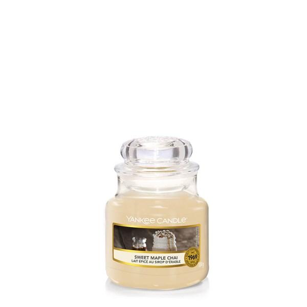 Yankee-Candle-Sweet-Maple-Chai-SmallJar-1623454E