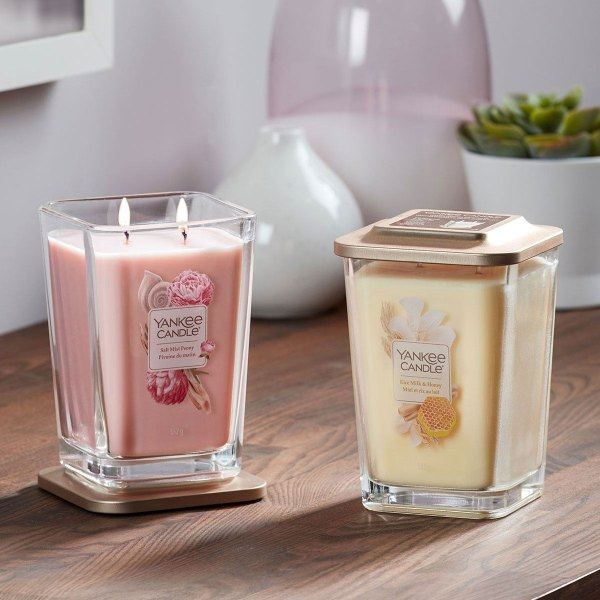 Rice Milk and Honey - Large Elevation Square Candle 1628648E