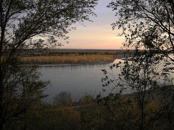 Yankton Benedictine Retreat Center, Silent Personal Retreats scenic Missouri River