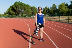 Orianne Lopez est une athlète handisport. Elle est championne du monde sur 200 mètres des moins de 23 ans, finaliste sur 100 mètres des jeux paralympiques de Londres et détentrice du record de France de saut en longueur. En parallèle, elle suit des études médecine. Elle vient de démarrer sa première année d'internat. Publié dans H, le magazine des jeunes médecins
