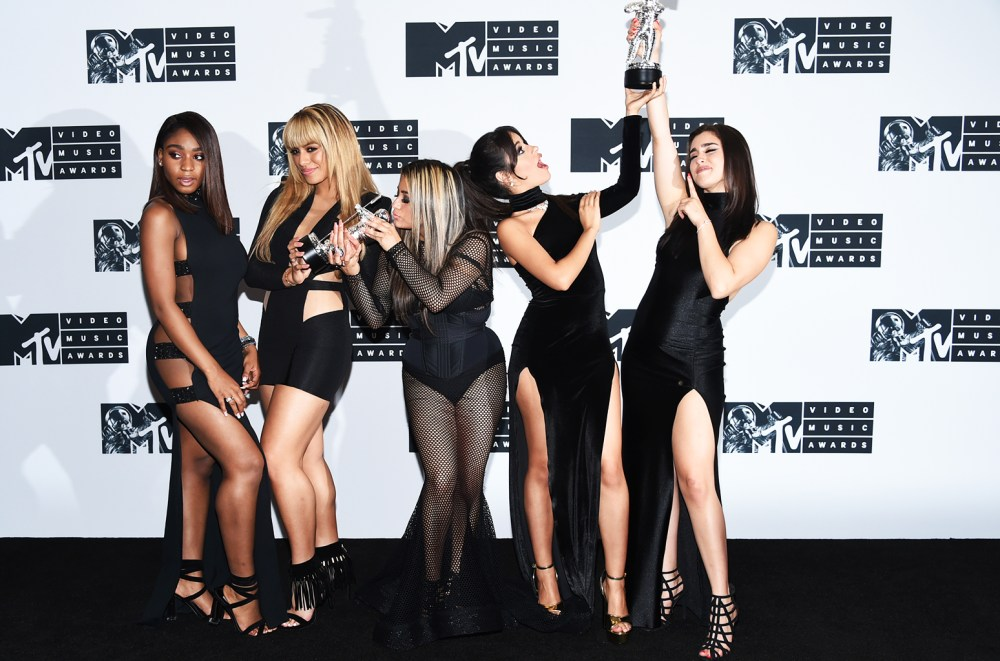 fifth-harmony-mtv-vma-award-pose-aug-2016-billboard-1548