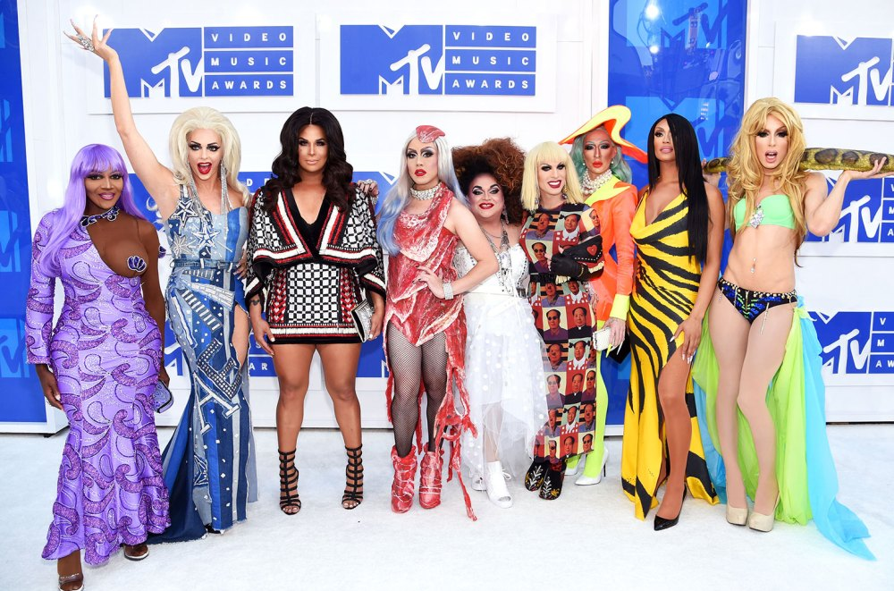 rupauls-drag-race-mtv-vma-red-carpet-a-2016-billboard-1548