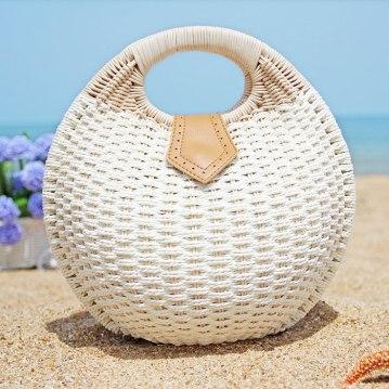 круглая плетенная сумка