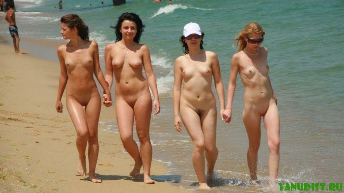 фото обнаженных женщин нудисток