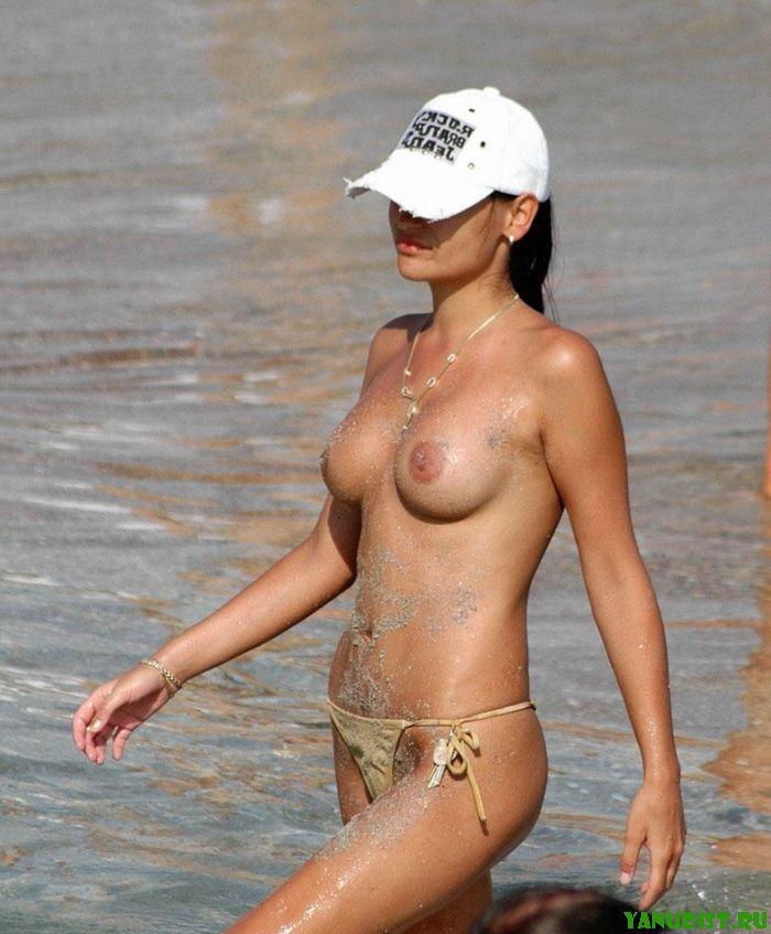 Пляжные нудисты или отдых без предрасудков  Фото нудистов