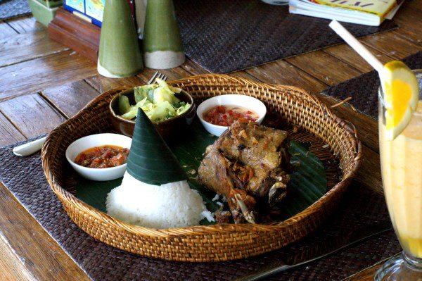バリ島のアヒル料理