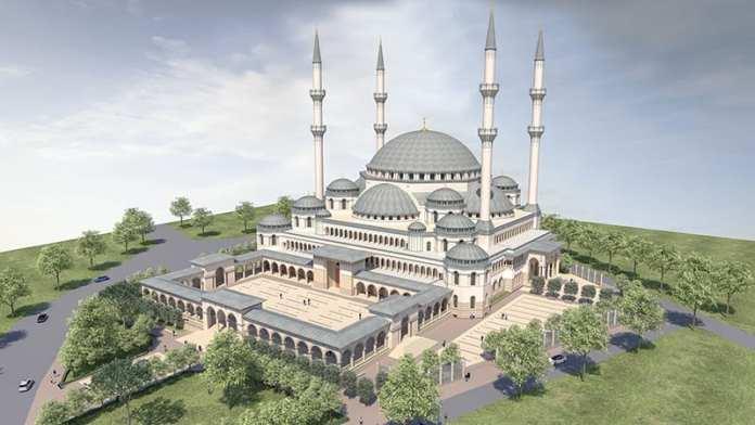 İzmir'de Yapılan 15 Bin Kişilik Caminin Yüzde 90'ı Tamamlandı