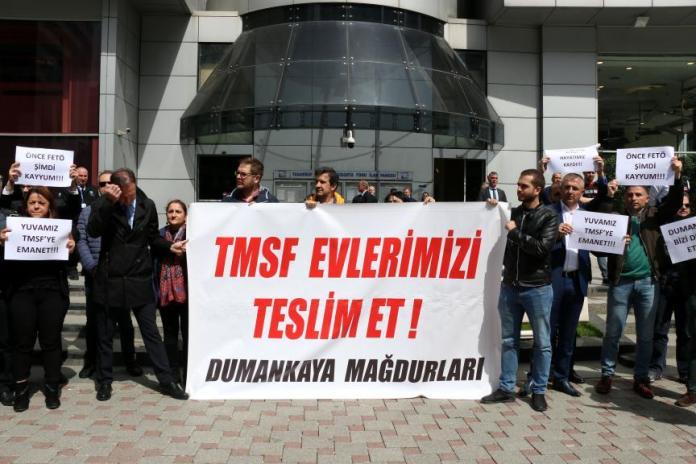 Dumankaya İnşaat Mağdurları TMSF Önünde Eylem Yaptı