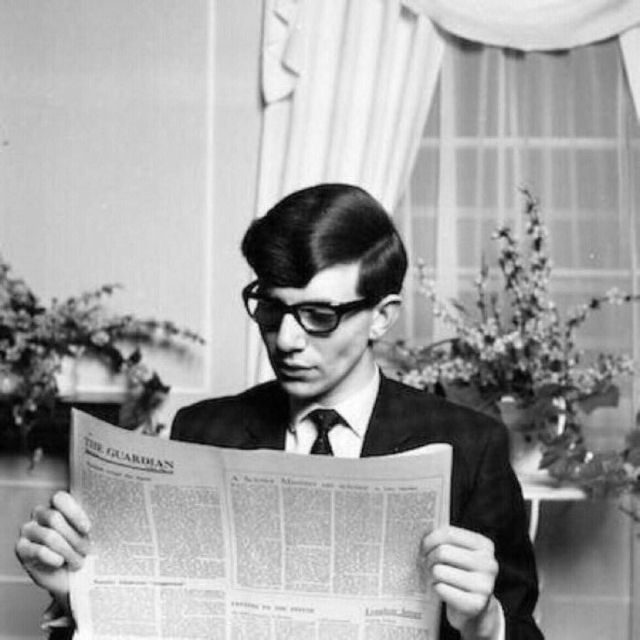 stephen hawking at college 1963 1 سټېفن هاوکنګ څوک و؟