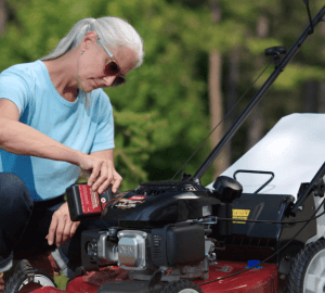 what kind of oil for lawn mower