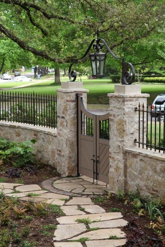 20 Beautiful Fence Designs And Ideas Page 17 Of 20