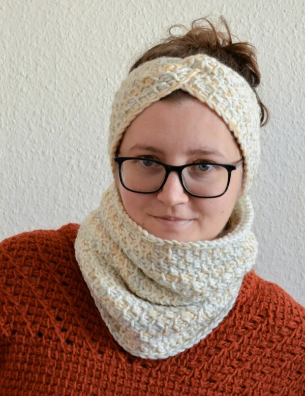 Honeycomb cowl and headband 5 scaled
