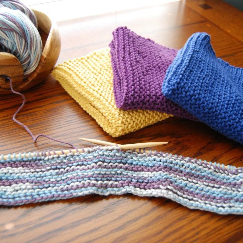Super Easy Garter Stitch Wash Cloth