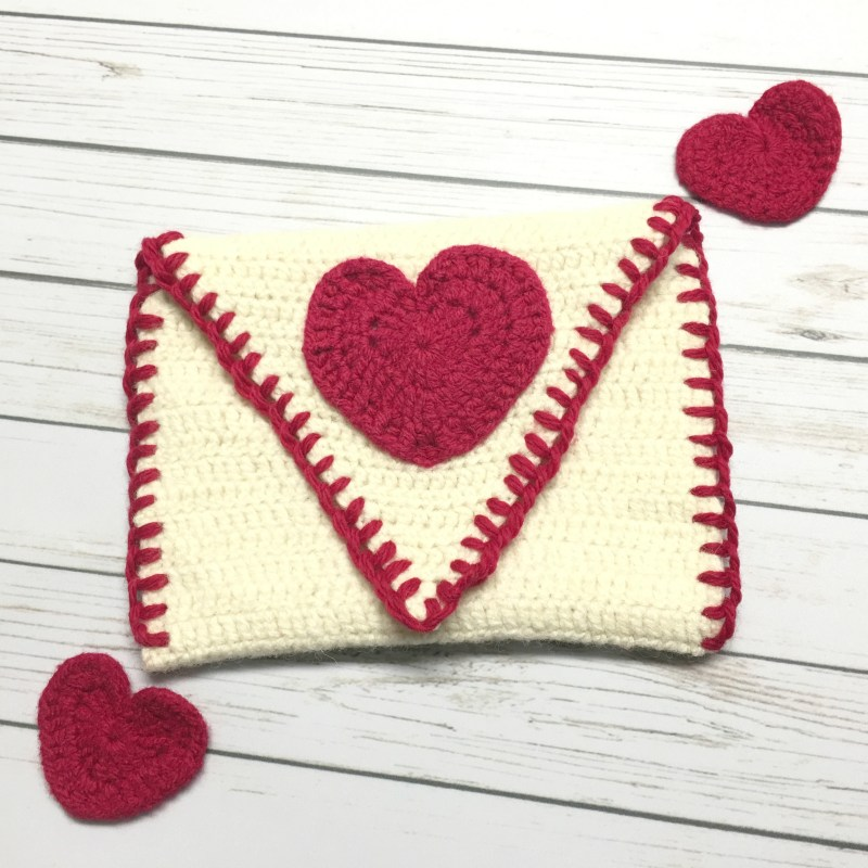 Felted Valentine's Pouch – Free Crochet Pattern