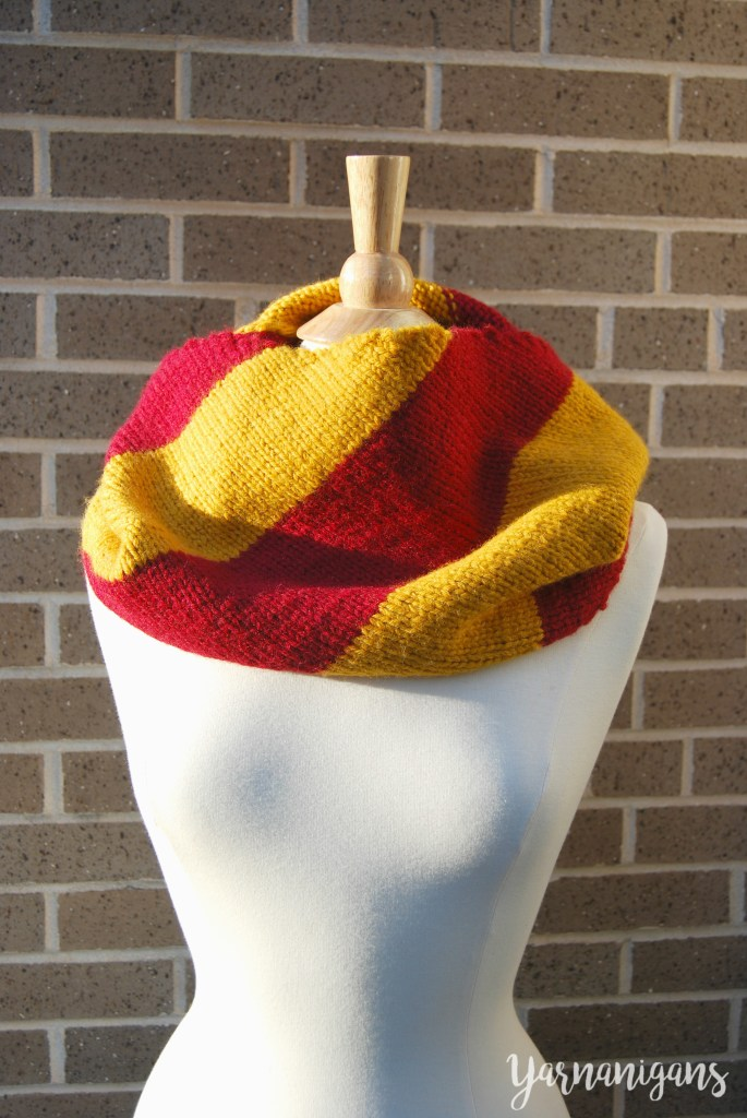 harry potter gryffindor stripes striped cowl knit knitting