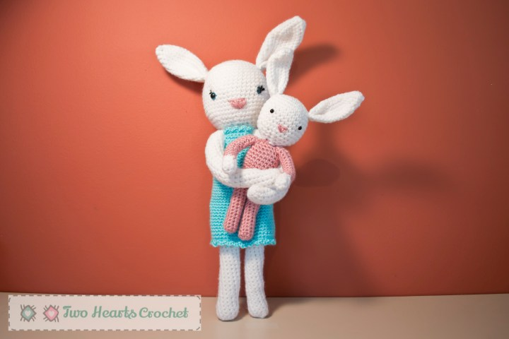 Amigurumi Bunnies (8 of 9)