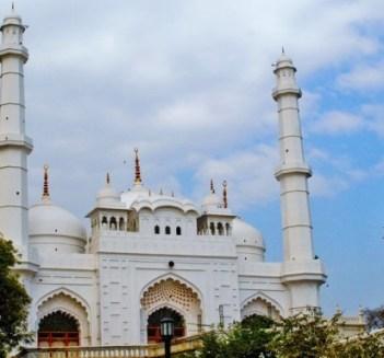 Teele wali Mosque, Lucknow