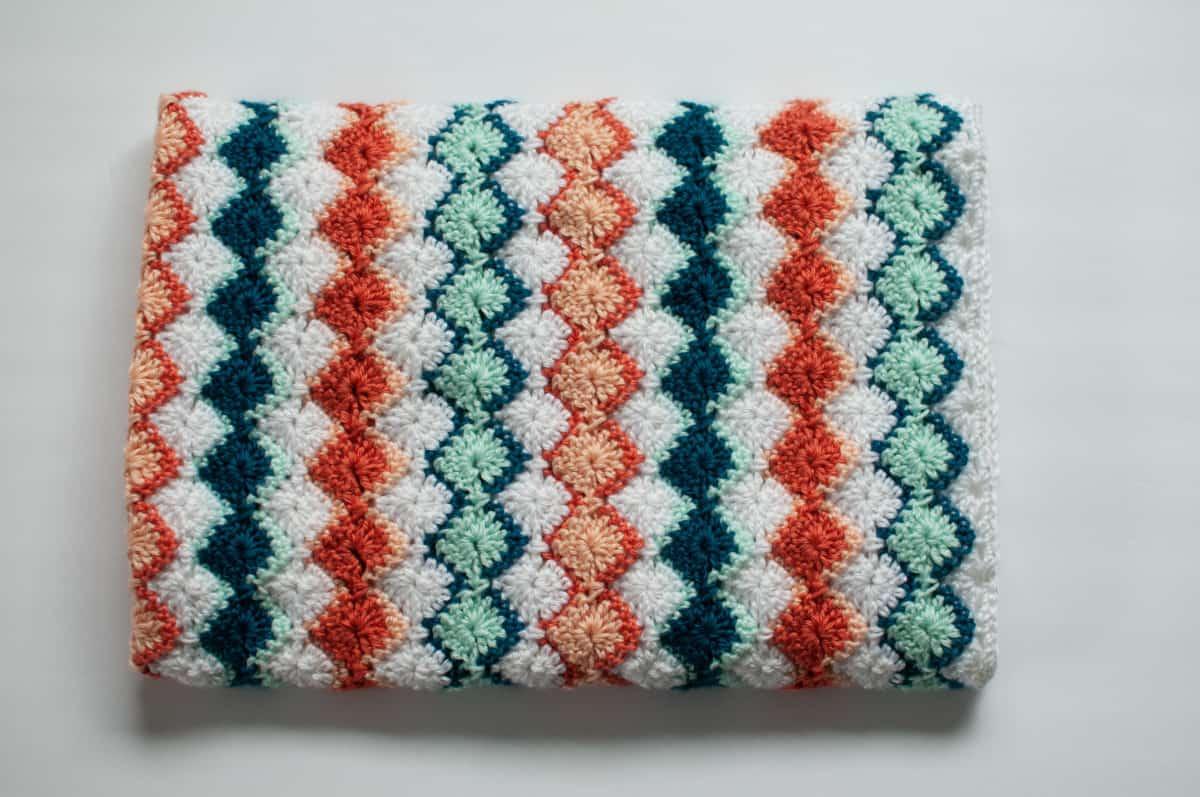 Harlequin Stitch Crochet Baby Blanket - Yarn Tangles