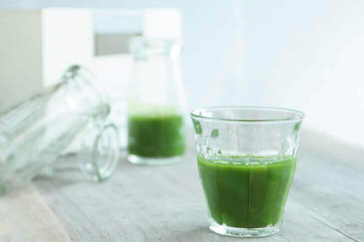 食事の補助としてふるさと青汁を飲むタイミングは?